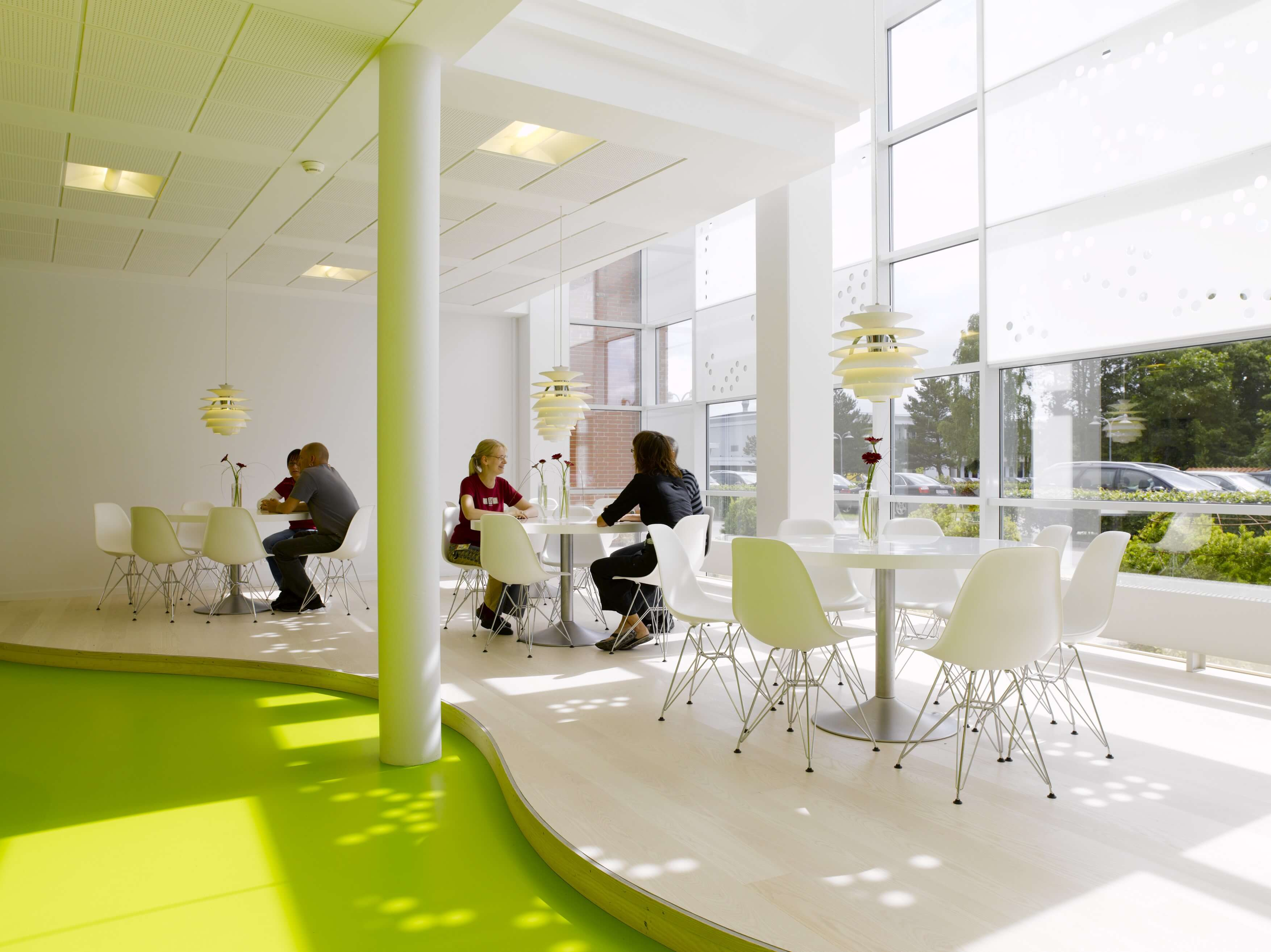 luxury-offices-interior-design-offices-interior-design-of-modern-office-with-green-floor-1